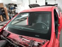 Opel astra лобовое стекло